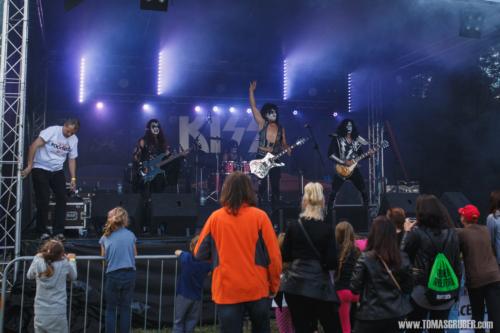 Rockfest 118 web